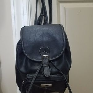 Guess Bags - Guess Backpack Purse